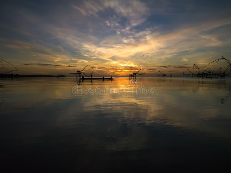 Alba a Thale Noi Waterfowl Park Thailand immagine stock