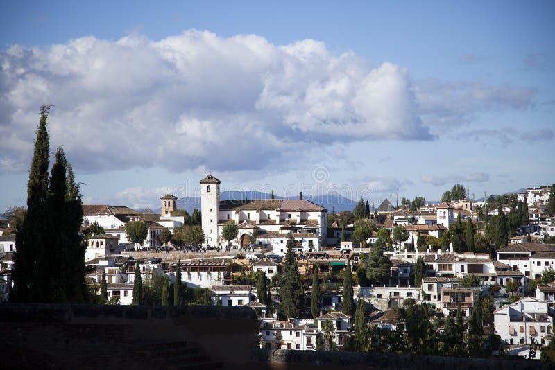 Albaicin, het historische Moorse kwart van de stad van Granada stock afbeeldingen