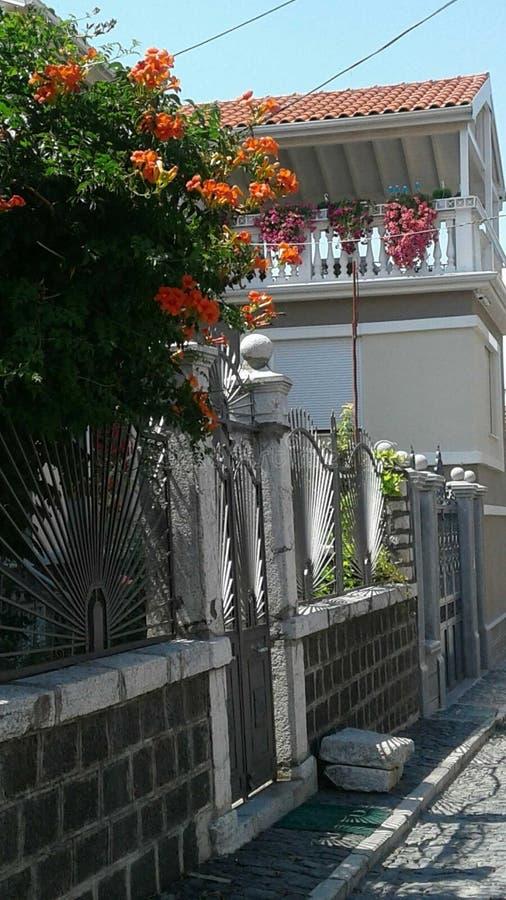 Albania, Korca mały miasto, piękno stara ulica zdjęcie royalty free