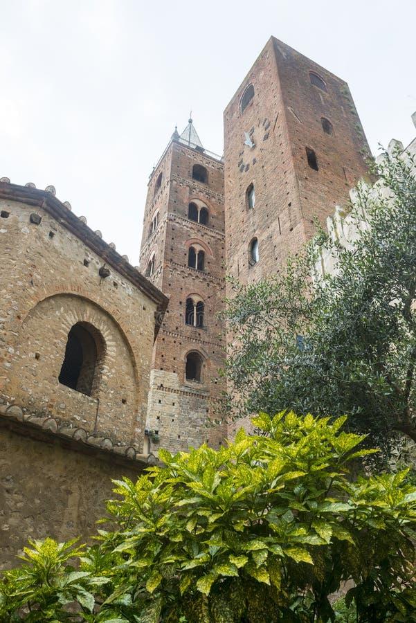 Download Albenga стоковое фото. изображение насчитывающей памятник - 37926958