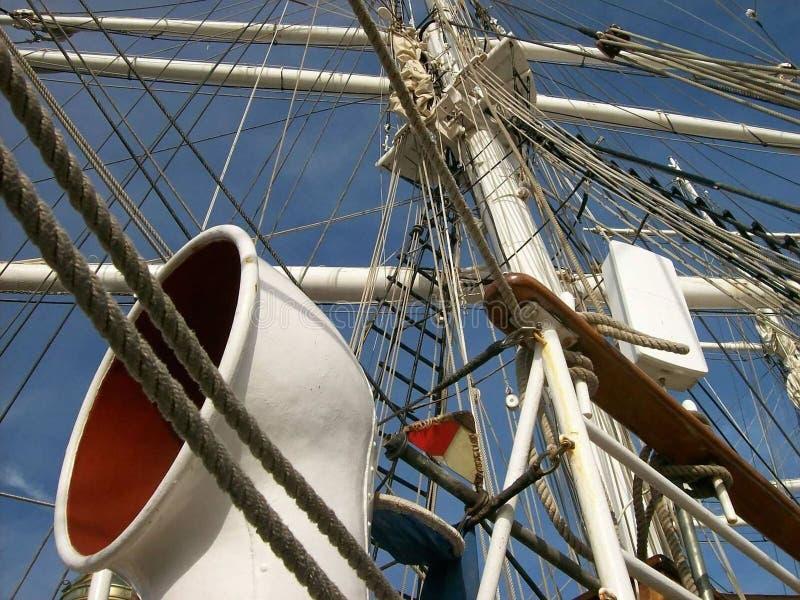 Albera la barca fotografia stock libera da diritti