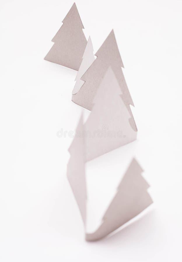Alberi di Natale su bianco immagini stock