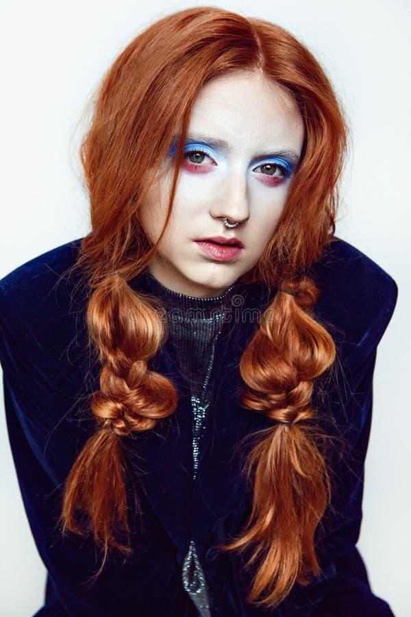 Albernes Make-up der Ingwerhaar-Schönheit lizenzfreie stockfotos