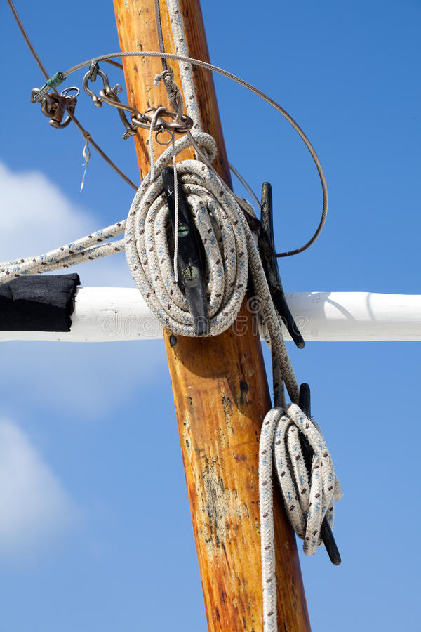 Albero della nave di navigazione fotografia stock libera da diritti