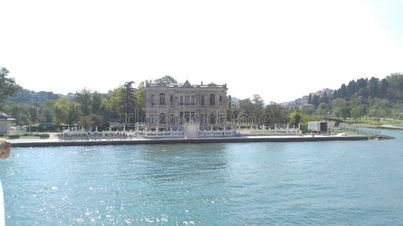 Albero di Costantinopoli del palazzo della barca immagine stock libera da diritti