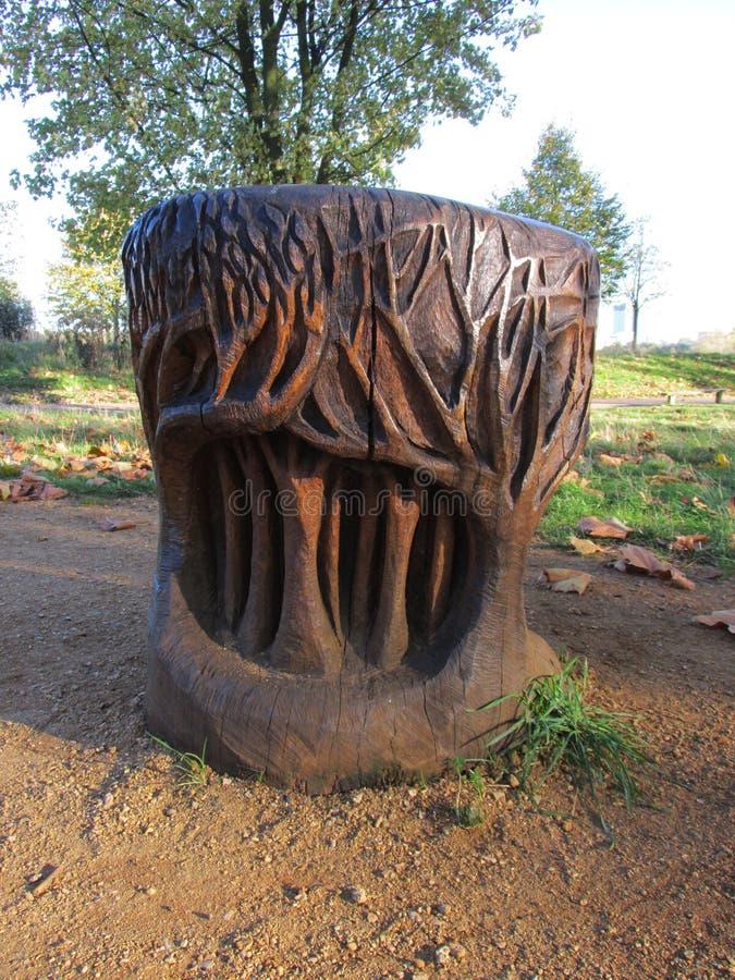 Albero di legno di sculpture fotografia stock libera da diritti
