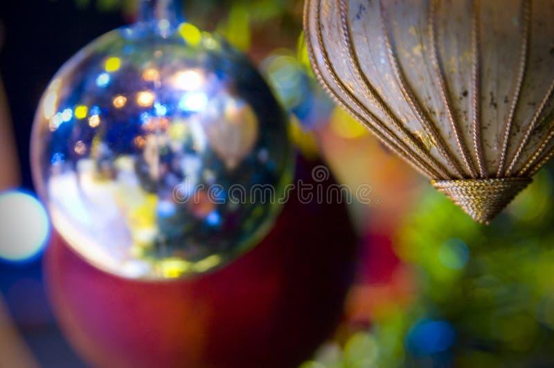 Download Albero di Natale fotografia stock. Immagine di ornamento - 3884618