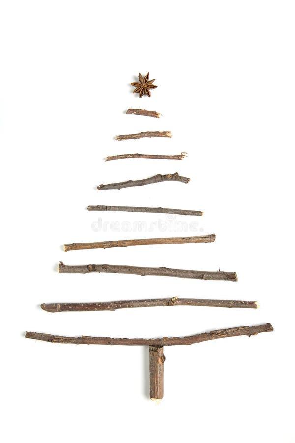 Albero di natale fatto dei rami di legno immagine stock for Albero di natale di legno