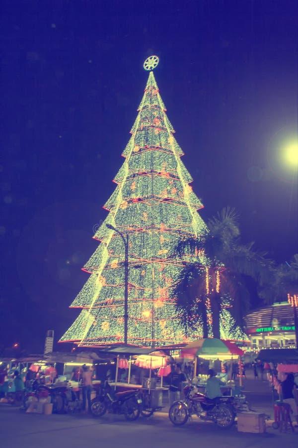 Albero di Natale gigante della città di Tagum fotografia stock libera da diritti