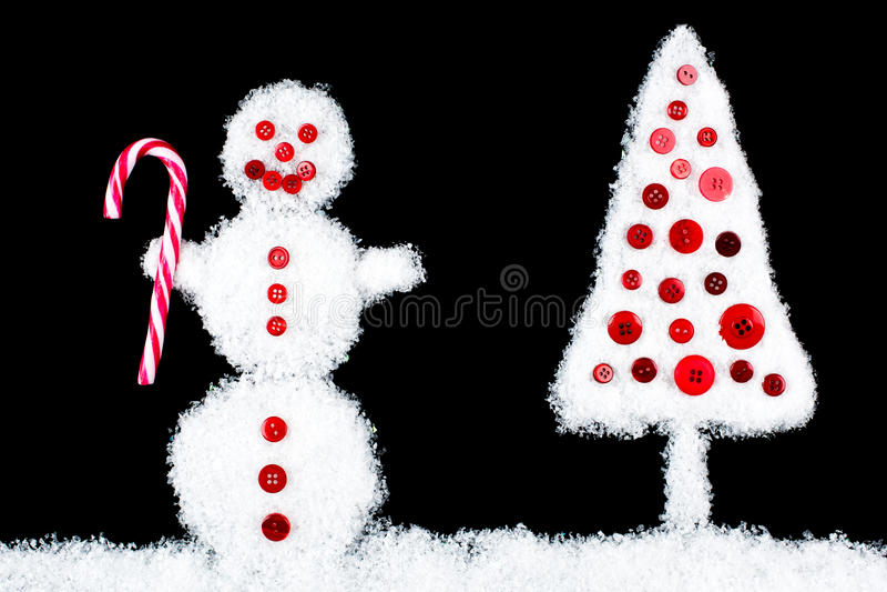 Albero sorridente divertente di natale e del pupazzo di neve immagini stock libere da diritti