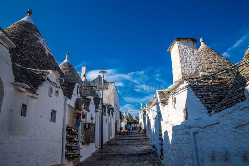Alberobello com casas de Trulli - Apulia, Itália fotos de stock royalty free