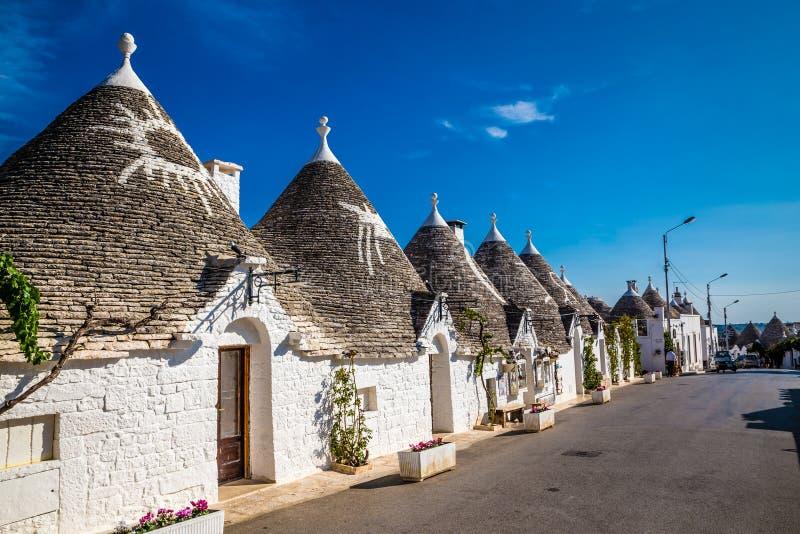 Alberobello con las casas de Trulli - Apulia, Italia fotos de archivo libres de regalías