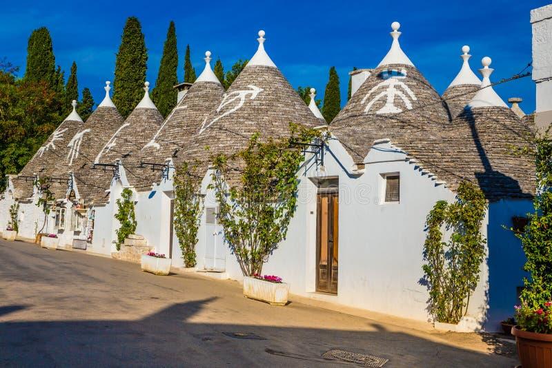 Alberobello met Trulli-Huizen - Apulia, Italië royalty-vrije stock foto's