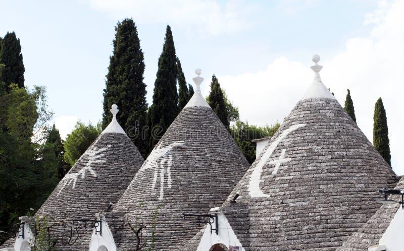 Alberobello Puglia region, söder av Italien alberobello di trulli Traditionella tak av Trullien, arkivbilder
