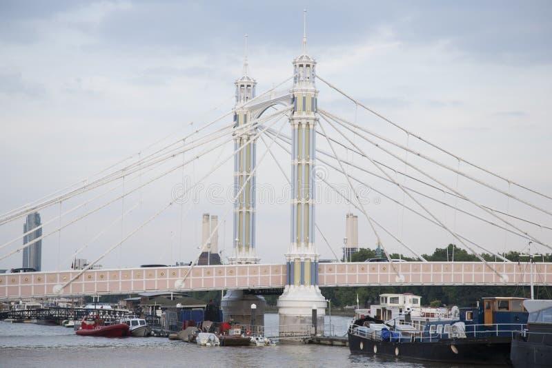 Albert Bridge; Chelsea; Londres fotos de stock royalty free