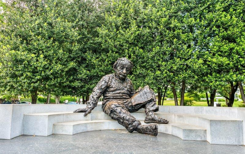 Albert Einstein pomnik, brązowa statua przy narodową akademią nauk w Waszyngton, d C zdjęcie stock