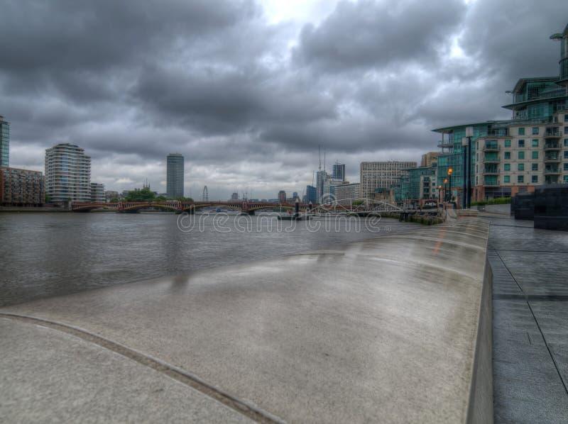 Albert Embankment River Thames London Reino Unido imagem de stock royalty free