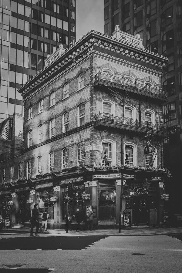 Albert Pub-Gebäude in Westminster-Bereich London, England Rebecca 6 stockbilder