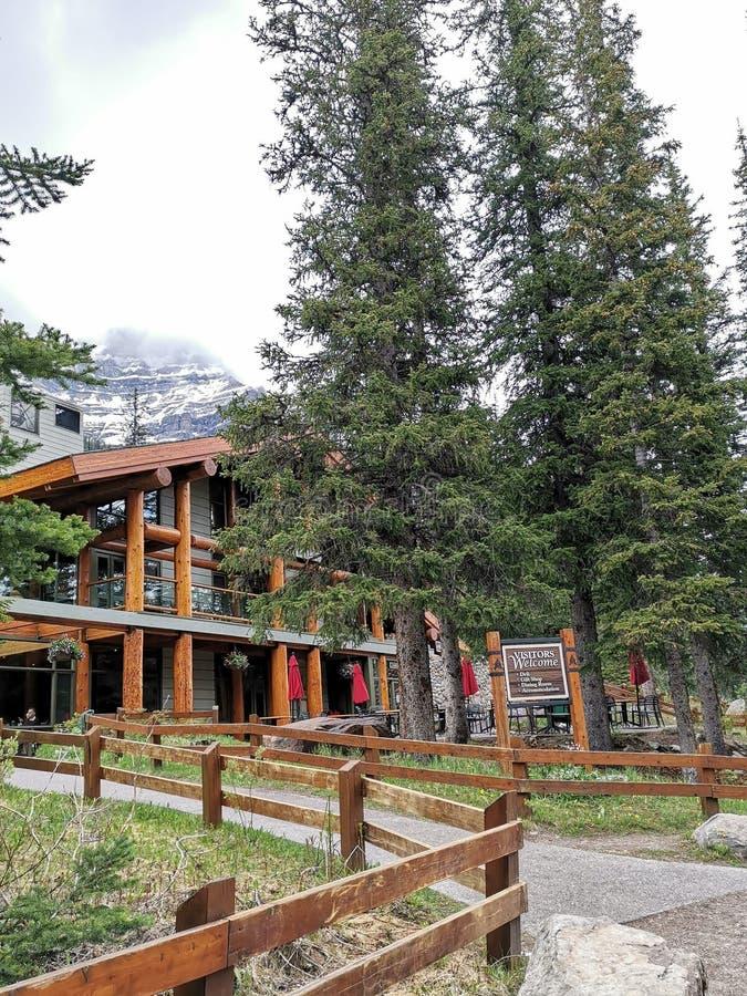 alberta jezioro Banff Canada lokalizowa? Louise moreny krajowego pobliski parka zdjęcie royalty free