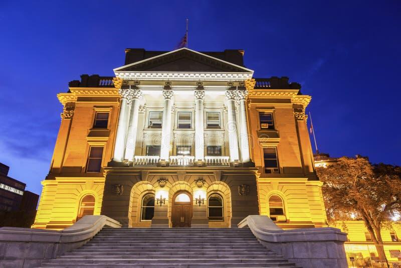 Alberta Legislative Building bij nacht stock afbeelding