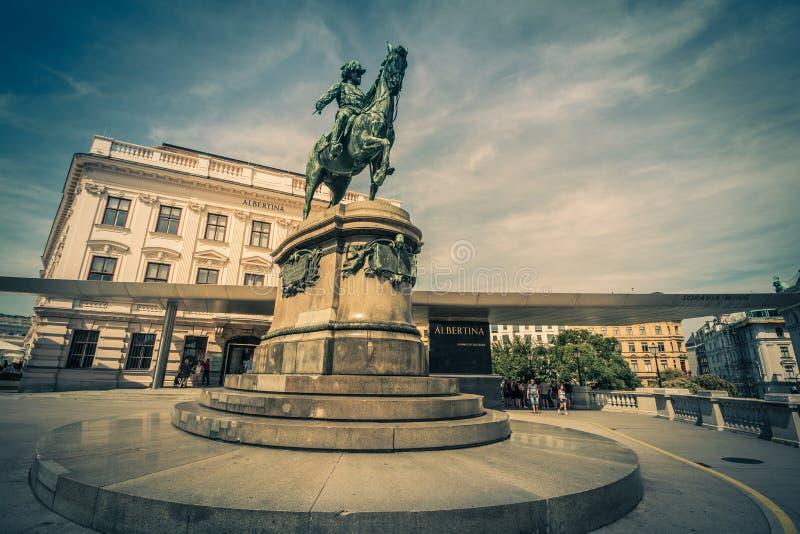 Albertinaplatz - Albertina Square - Vienne - l'Autriche images stock