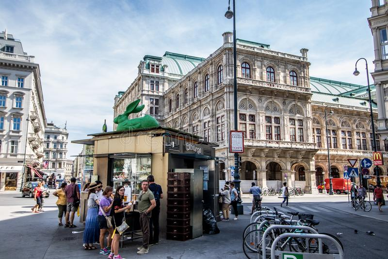 Albertinaplatz - Albertina Square - Vienne - l'Autriche photographie stock libre de droits