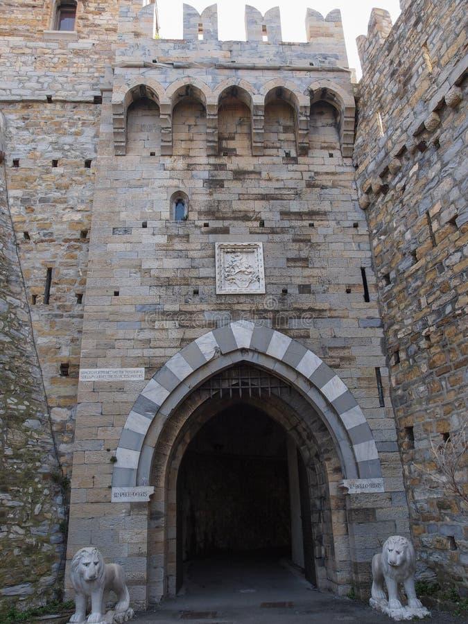 Download Albertiskasteel In Genoa Italy Stock Foto - Afbeelding bestaande uit goth, europa: 39115254