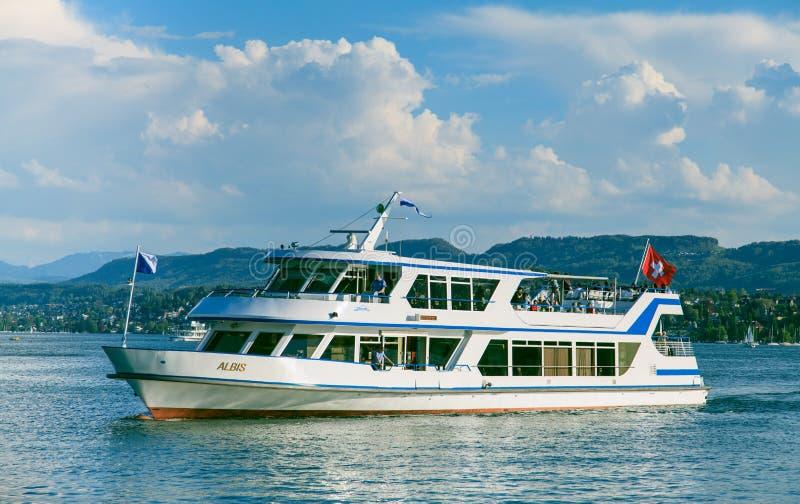Albis skepp på sjön Zurich royaltyfria foton
