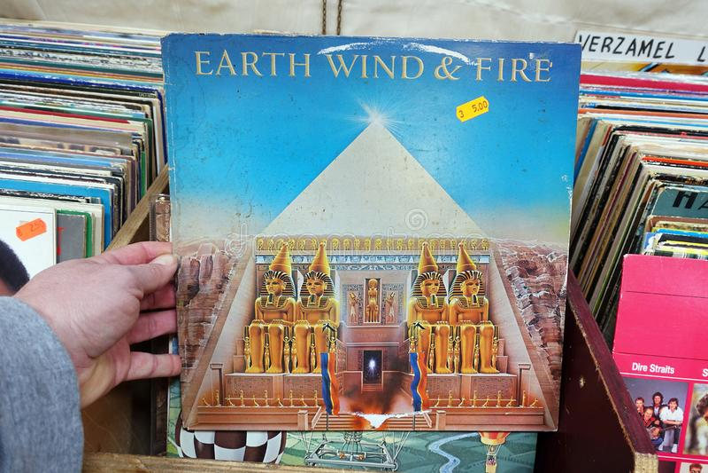 Album: Ziemski wiatr & ogień - Wszystkie «N Wszystko zdjęcia royalty free
