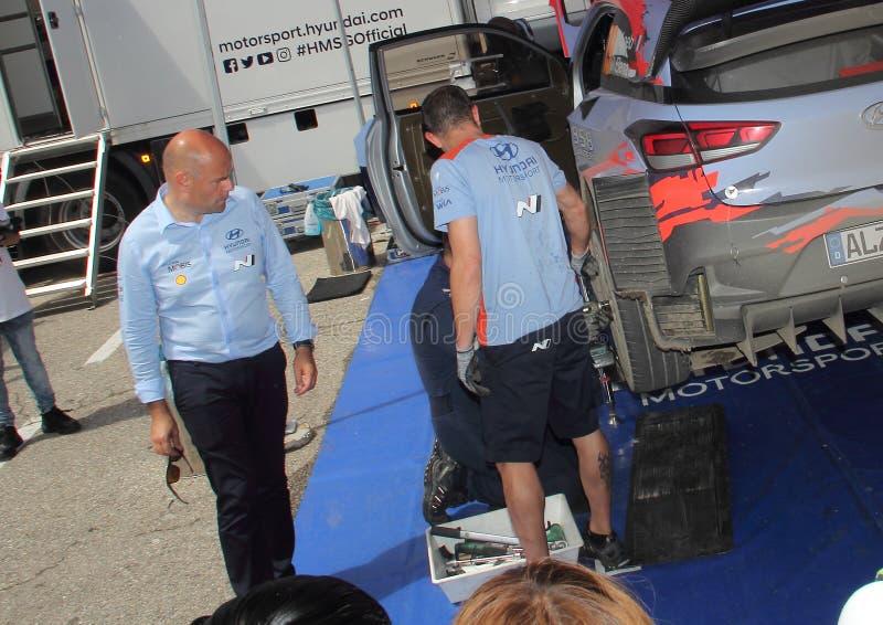 Albumy Zbierają Lipa 28: Hyundai Motorsport drużyny główny inżynier Andrea Adamo obraz stock