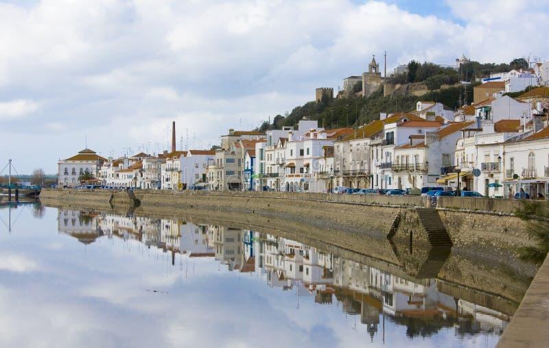 Alcacer font le sel, Sétubal, côte bleue Portugal images stock