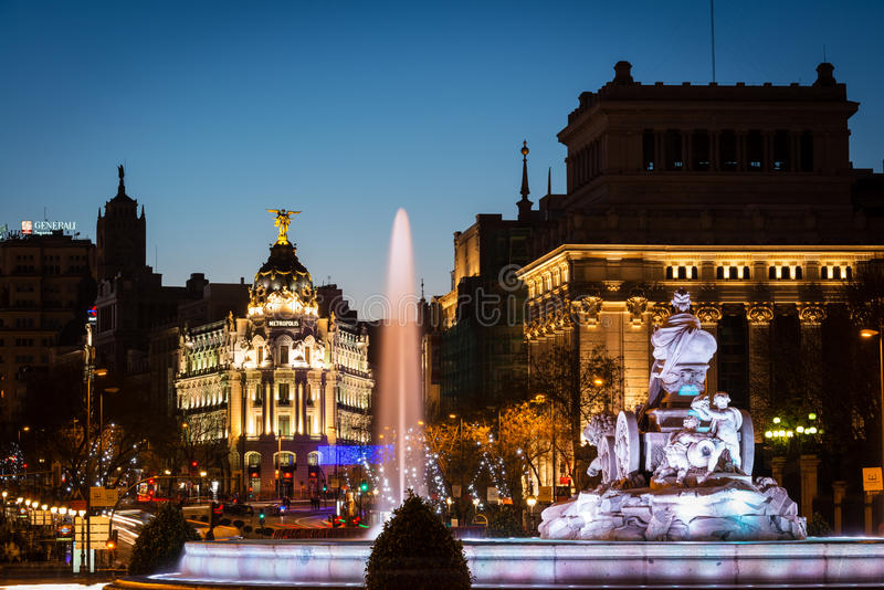 Download Alcala And Cibeles Fountain In Madrid At Dusk Editorial Stock Photo - Image: 83712013