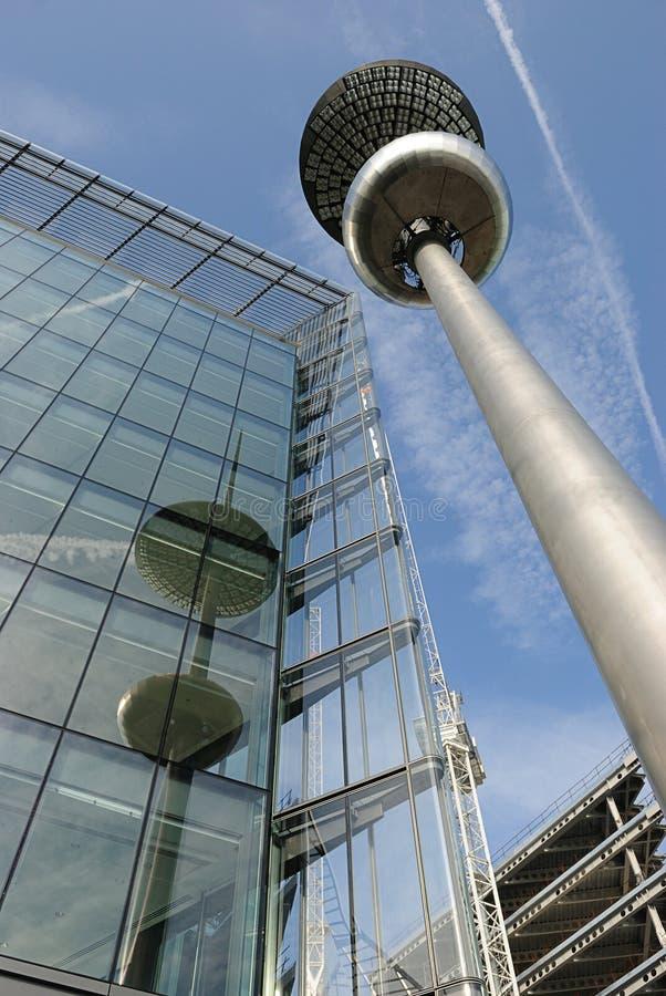 Alcance dos desenvolvimentos de Londres para o céu imagens de stock royalty free