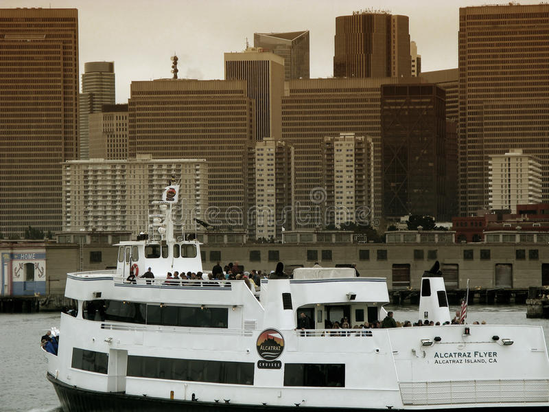 Alcatraz Reiseflüge in San Francisco stockbilder