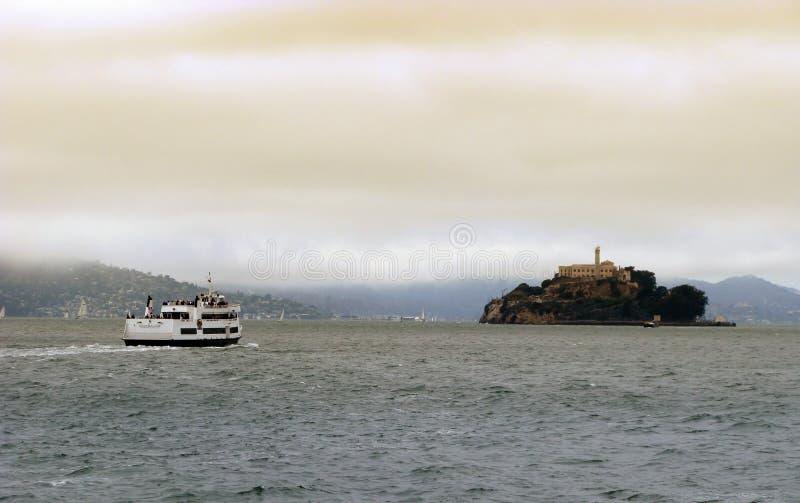 Alcatraz Reiseflüge in San Francisco stockbild