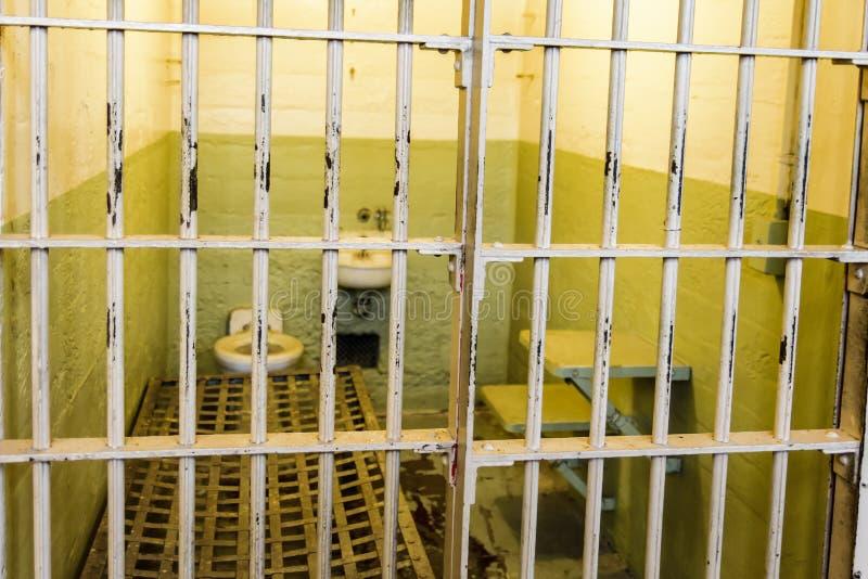 ALCATRAZ - SAN FRANSISCO - 05 2017 CZERWIEC - komórka Alcatraz więzienie zdjęcia royalty free