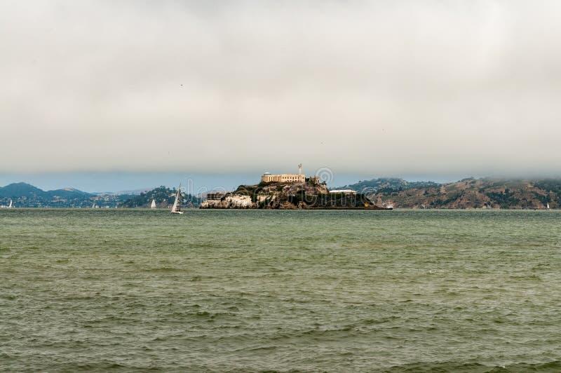 Alcatraz więzienie na San Fransisco schronieniu zdjęcia stock