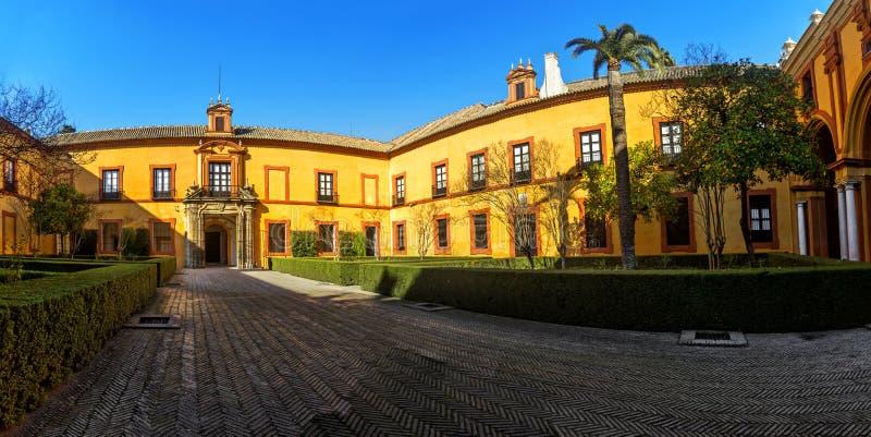 alcazar verkliga seville royaltyfria bilder