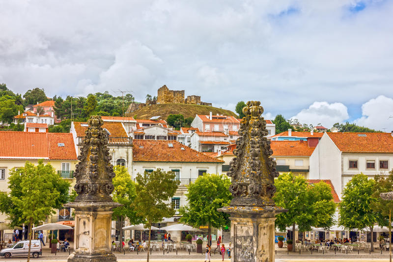 Alcobacastad en Middeleeuws Roman Catholic Monastery, Portugal stock foto's