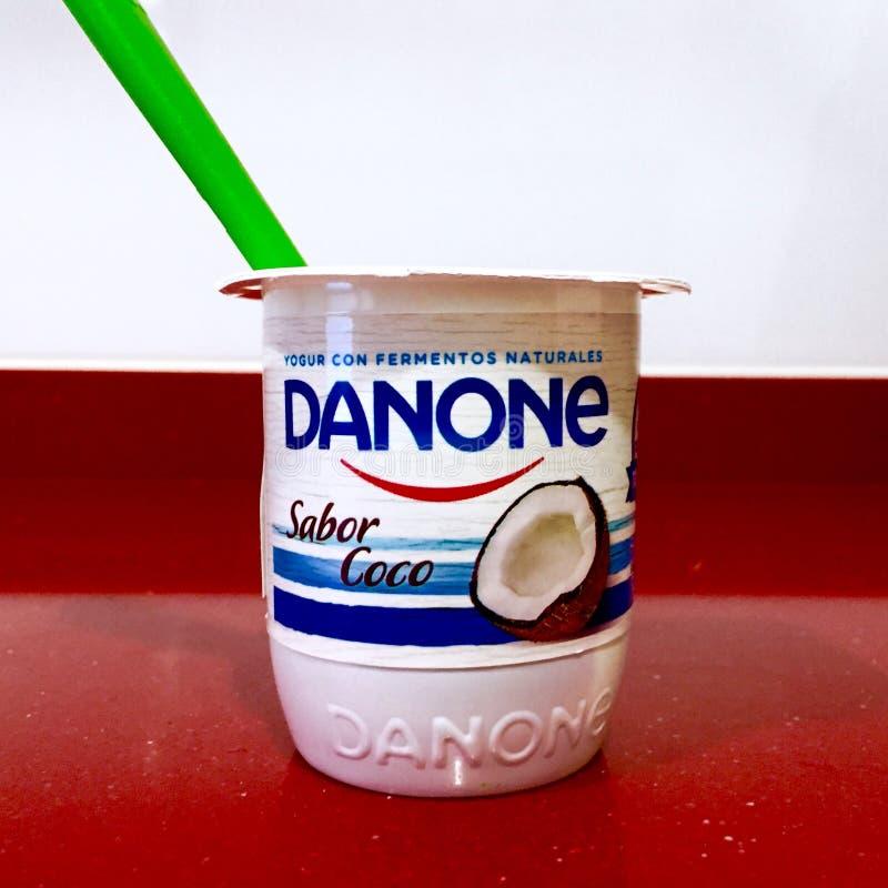 Alcobendas, Spagna Circa febbraio 2019 Yogurt di Danone immagine stock