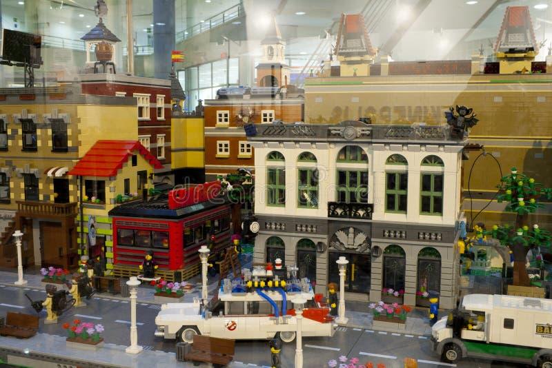 Alcobendas, SPAGNA, il 19 ottobre 2018 Costruzioni in una mostra di Lego City immagine stock