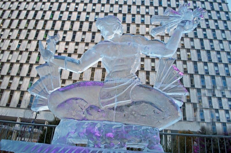 Alcohol de la escultura de hielo de Detroit en Detroit céntrica foto de archivo