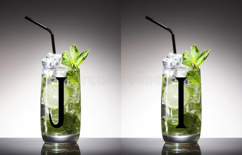 Alcohol, verde, hoja, menta, mojito, nadie, agitador, mixology, mojito, ron, az?car, sabroso, tequila, vodka, whisky imagen de archivo