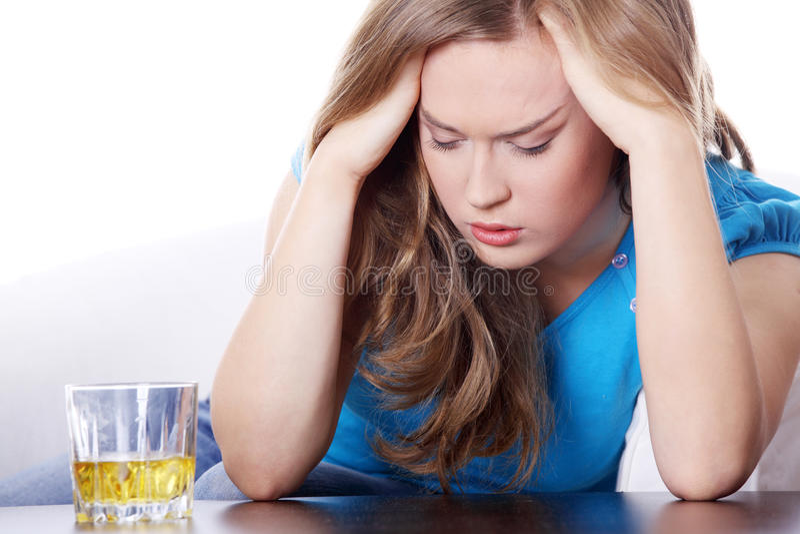 Alcoholisme royalty-vrije stock afbeeldingen