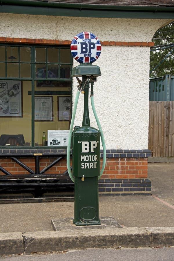 Alcool carburant de BP - pompe à essence classique image stock