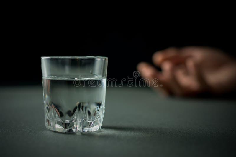 Alcoolisme et abus d'alcool image stock