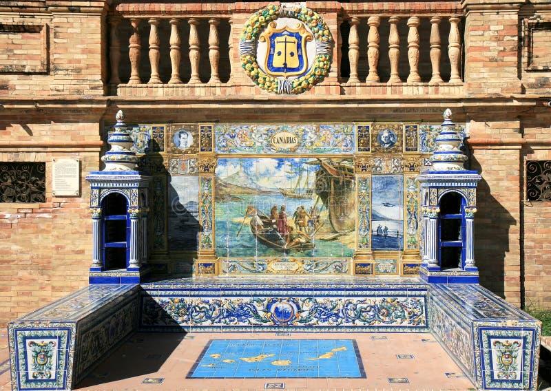 Alcove telhado em Plaza de Espana, Sevilha, Spain fotografia de stock