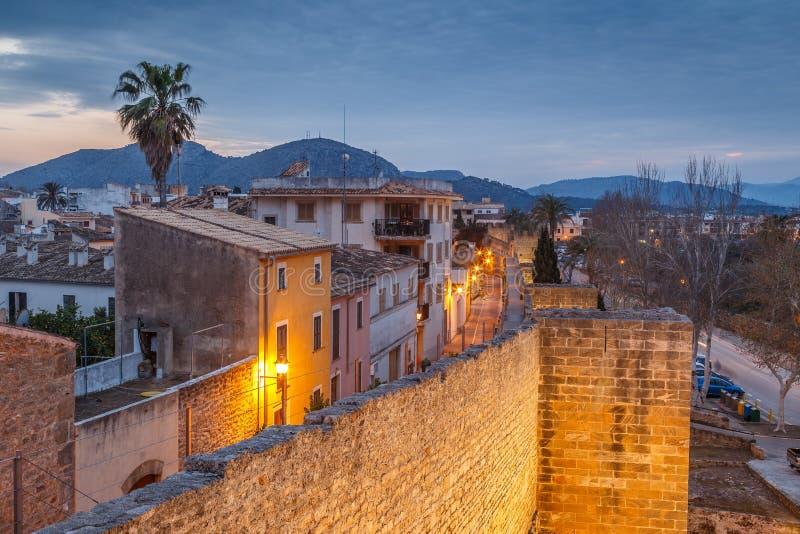Alcudia历史的老镇  免版税库存照片