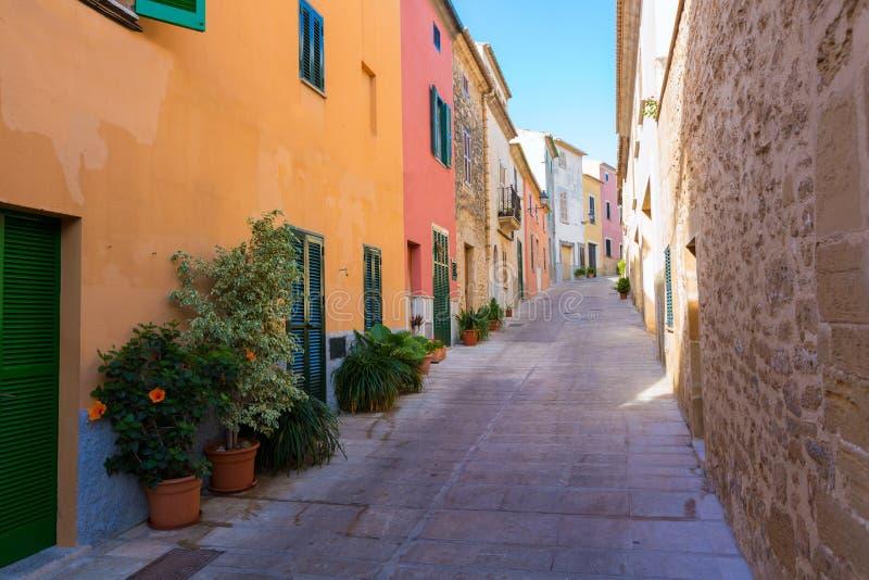 Alcudia老镇在马略卡拜雷阿尔斯的马略卡 免版税库存照片