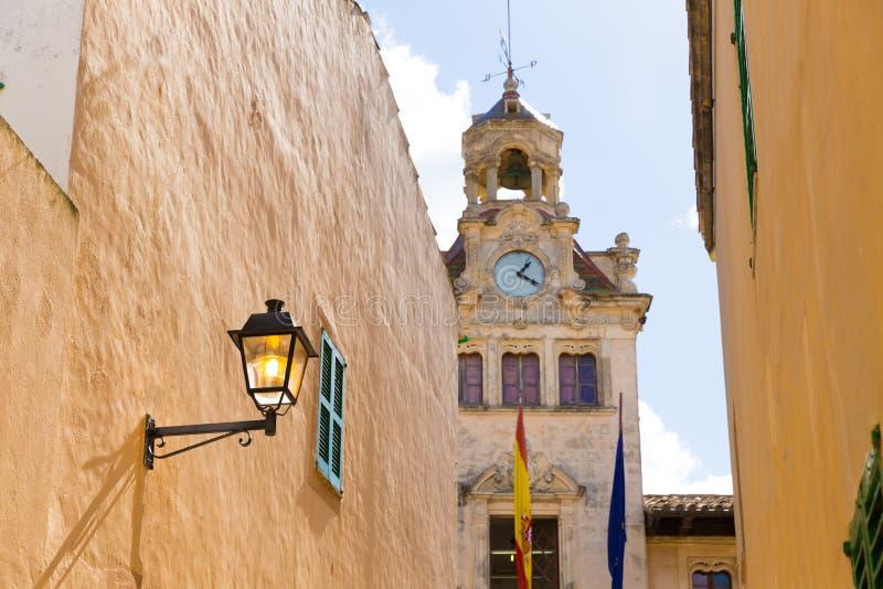Alcudia老镇城市城镇厅马略卡马略卡 图库摄影